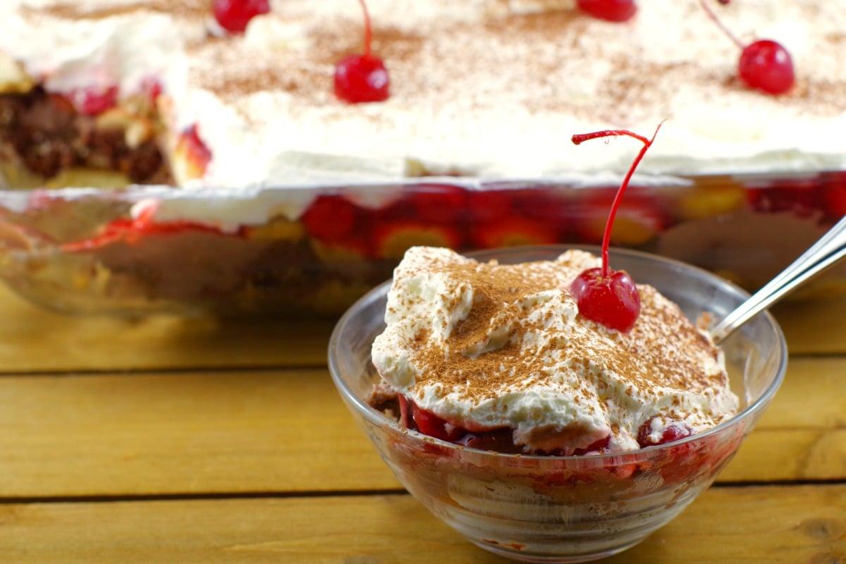 No Bake Black Forest Tiramisu Dessert | #nobakedessert - Foodmeanderings.com