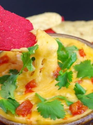 Chile Con Queso Dip - Cinco de mayo - Foodmeanderings.com
