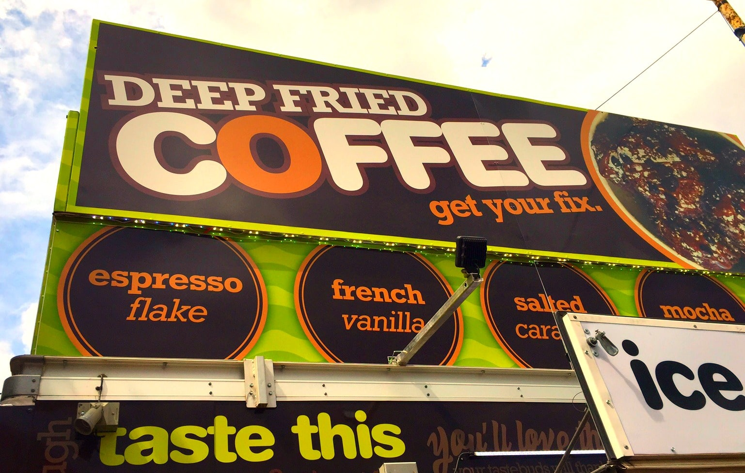 Sign deep fried coffee