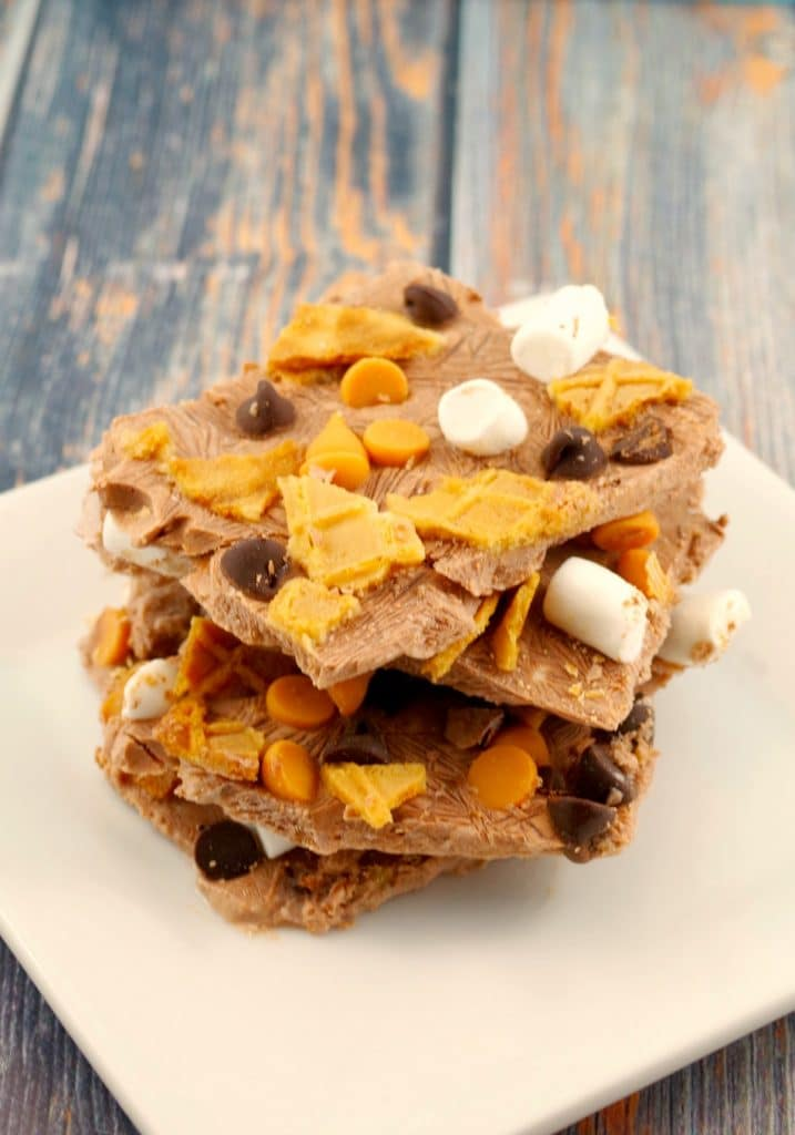 Chocolate Rocky Road Frozen Yogurt Bark - foodmeanderings.com