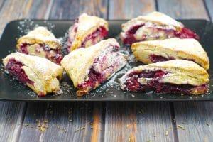 Raspberrry Lemon Scones | #scones #raspberry - Foodmeanderings.com