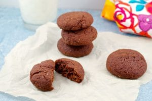 Healthy Red Velvet Cookies | no red dye