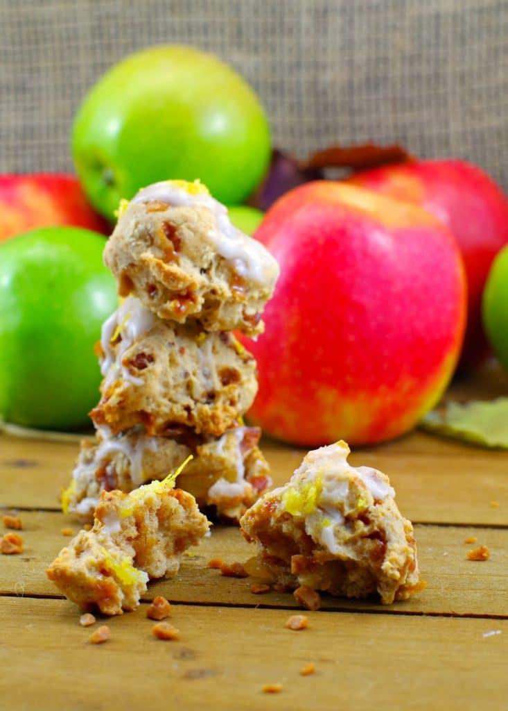 Toffee Apple Pie Cookies #applecookies - Foodmeanderings.com