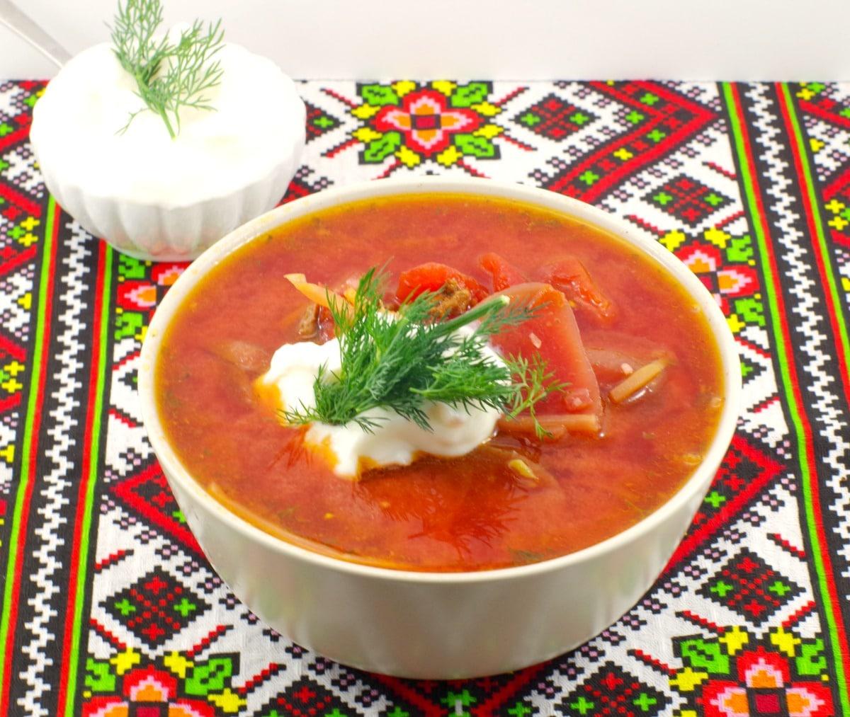 Ukrainian Borscht recipe | with evaporated milk - foodmeandeirngs.com