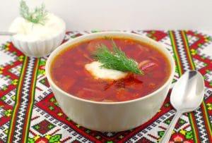 Ukrainian Borscht soup recipe | foodmeanderings.com