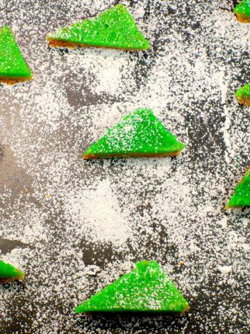 Gingerbread Lime bars | Foodmeanderings.com