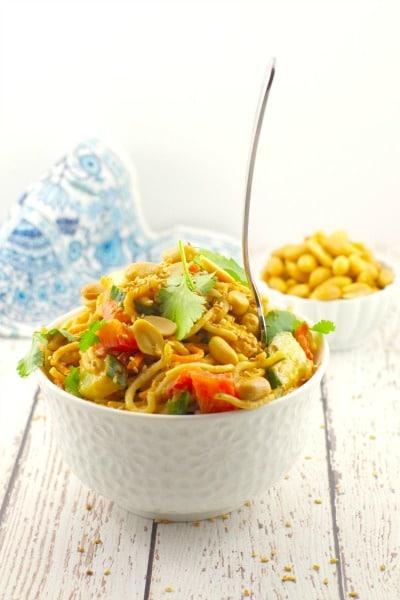 Spicy Sriracha Vegan Peanut Pasta Salad - foodmeanderings.com