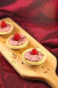 Raspberry Tiramisu Tarts | tartlets - Foodmeanderings.com