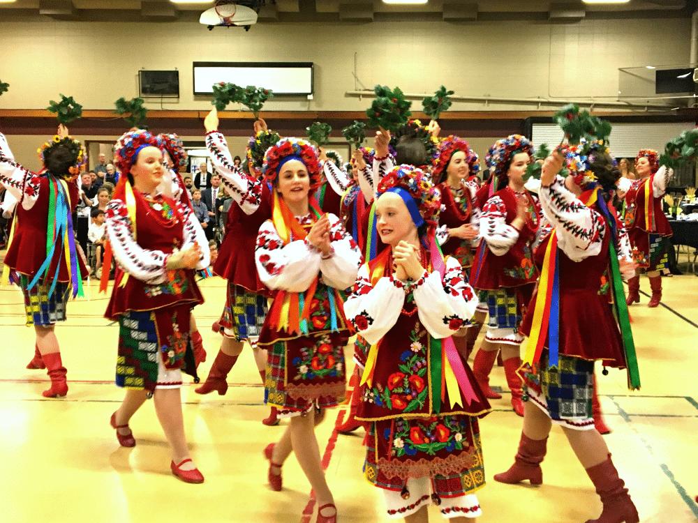 kids doing Ukrainian hopak dance at malanka