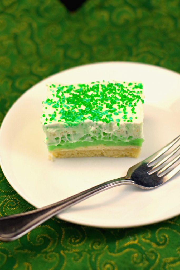 Pistachio dessert square