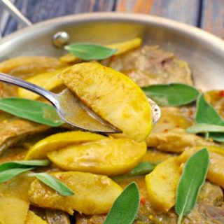 A quick and easy dinner recipe: Pork Chops with Apple – Sage Sauce