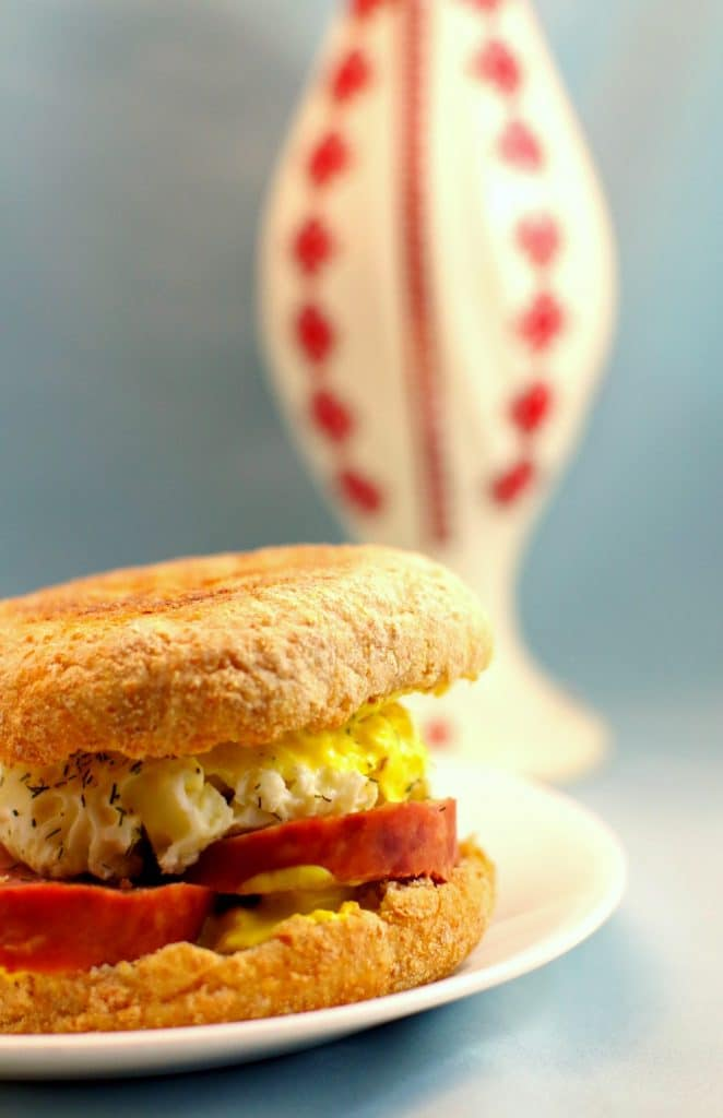 5 minute Ukrainian Breakfast Sandwich - Foodmeanderings.com
