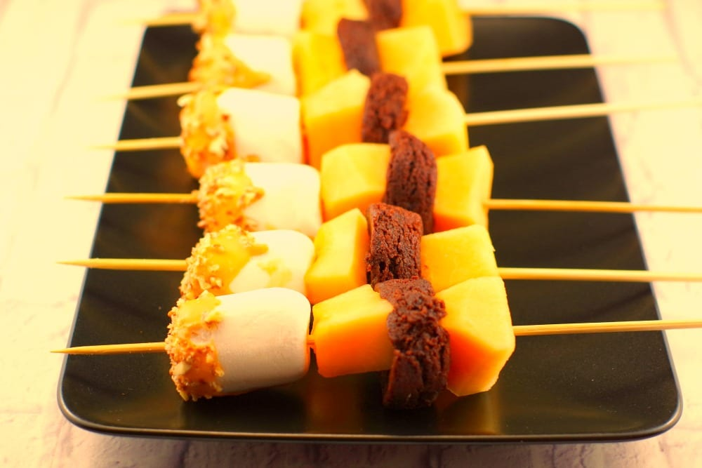 Rocky Road Melon Dessert Skewers | no bake - Food Meanderings. com