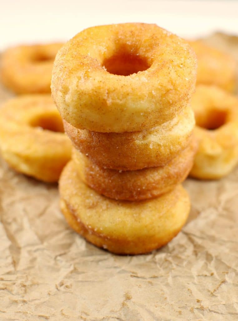 Ukrianian Doughnuts | Pampushky - Foodmeanderings.com