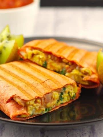 Mediterranean Healthy Breakfast Burrito | brunch potluck - Foodmeanderings.com
