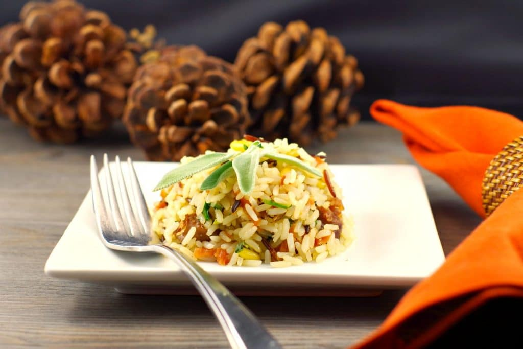 Sausage & Apple Rice | #Thanksgivingsidedish- Foodmeanderings.com