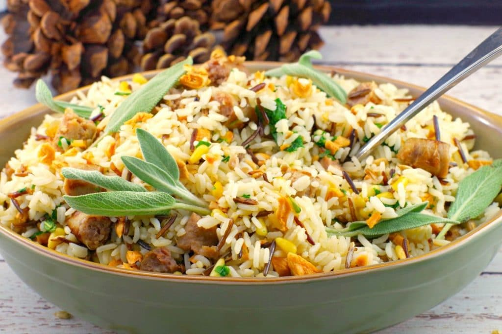 Sausage & Apple Rice |#glutenfree, #Thanksgivingsidedish - Foodmeanderings.com