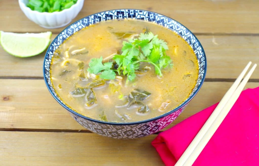Quick Asian Beef Noodle Soup | #Asianbeefnoodlesoup - Foodmeanderings.com