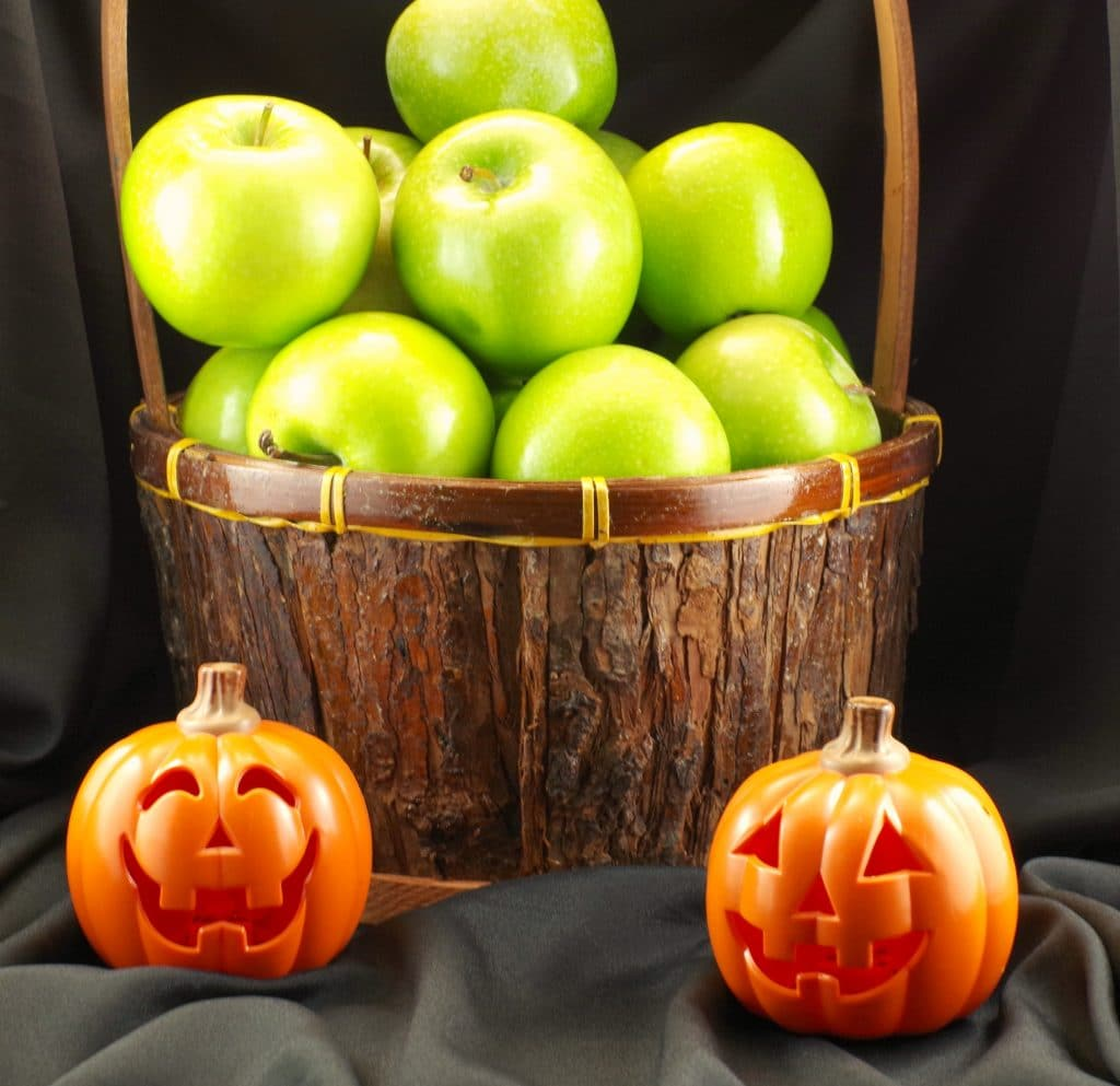 Halloween Apples Foodmeanderings..com