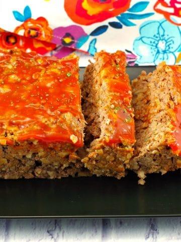 Old fashioned Dairy-free Meatloaf | #dairyfree #meatloaf - Foodmeanderings.com