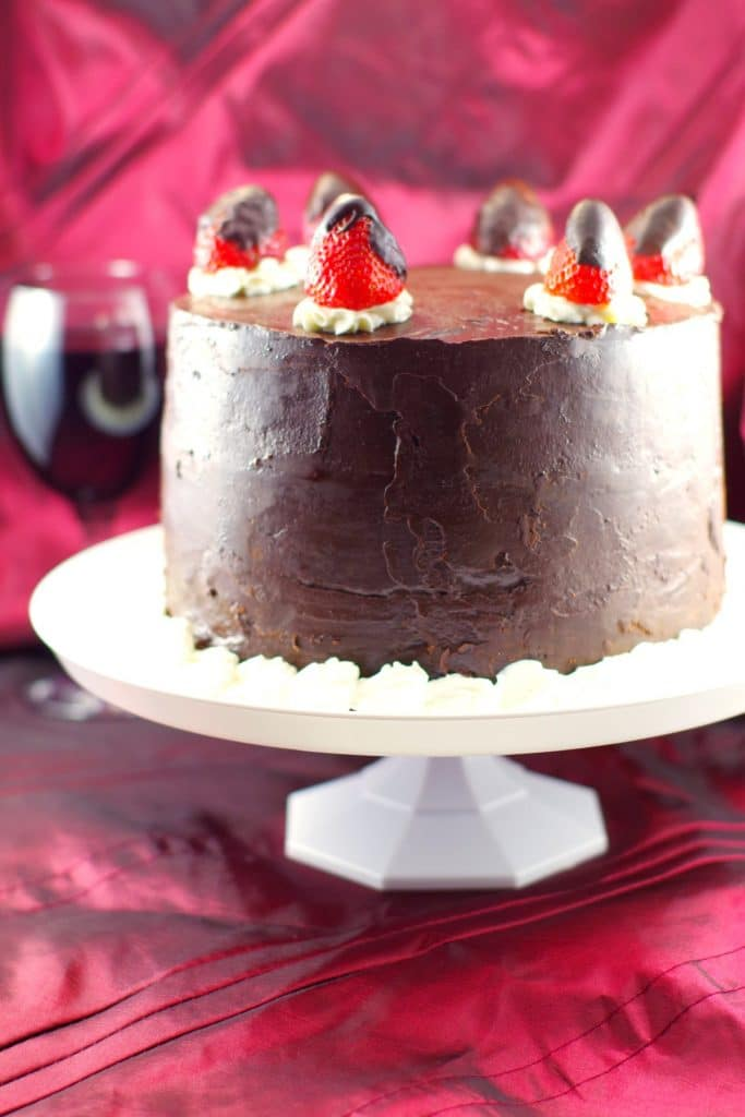Red Wine Chocolate Strawberry Cake | #redwinecake - Foodmeanderings.com
