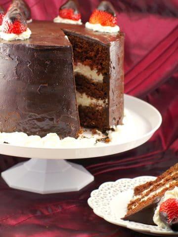 Red Wine Chocolate Strawberry Cake | #redwinecake - Foodmeanderings.com