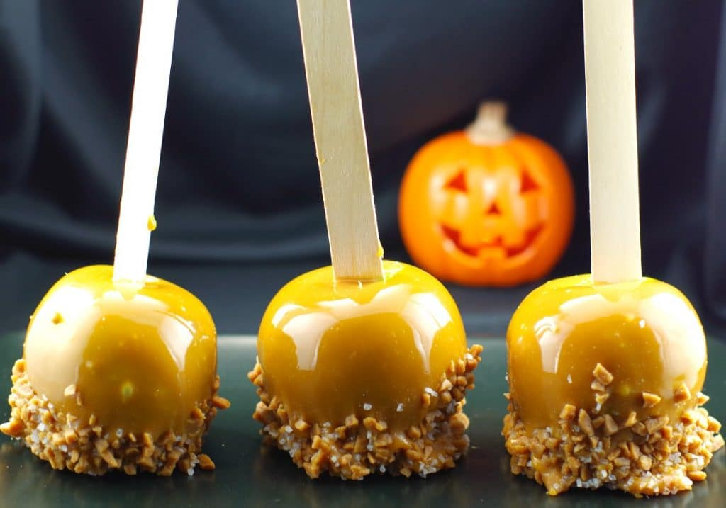 Halloween Apples & Salted Toffee Caramel Apples - Food ...