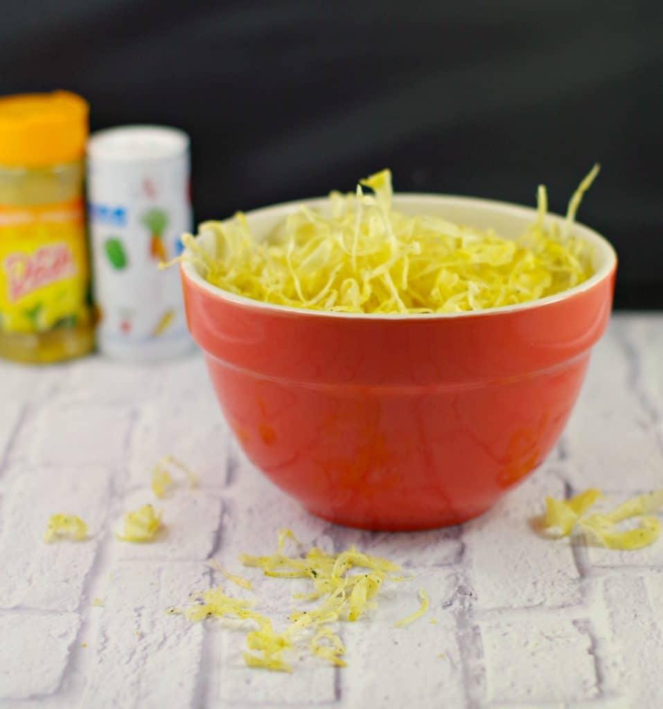 Deep-fried Parsnip crisps recipe   #parsniprecipe #parshipchips - Foodmeanderings.com