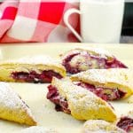 Easy Raspberry Lemon Scones | hint of licorice - foodmeanderings.com