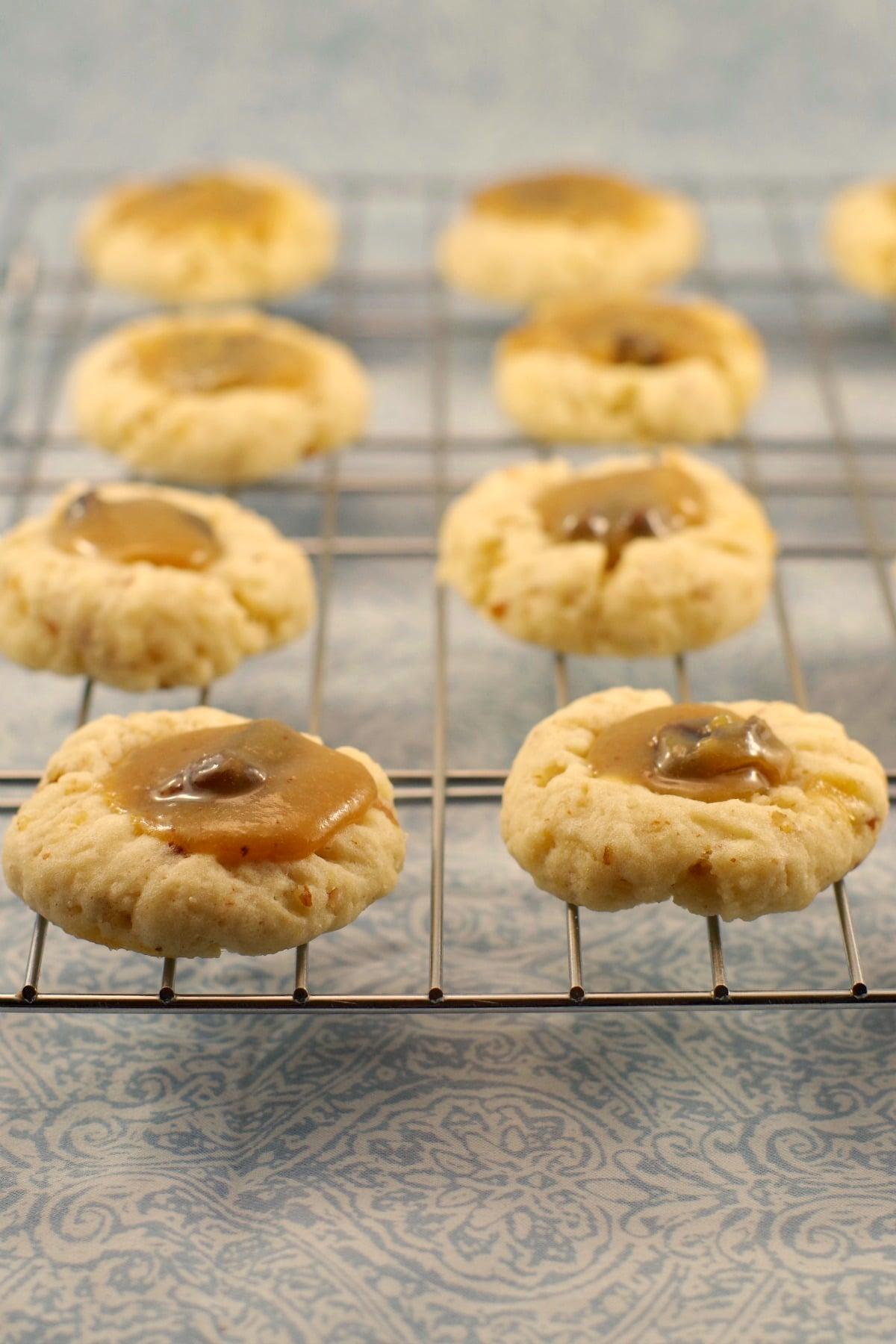 Butter Tart cookies | butter tart stuffed cookies - Foodmeanderings.com
