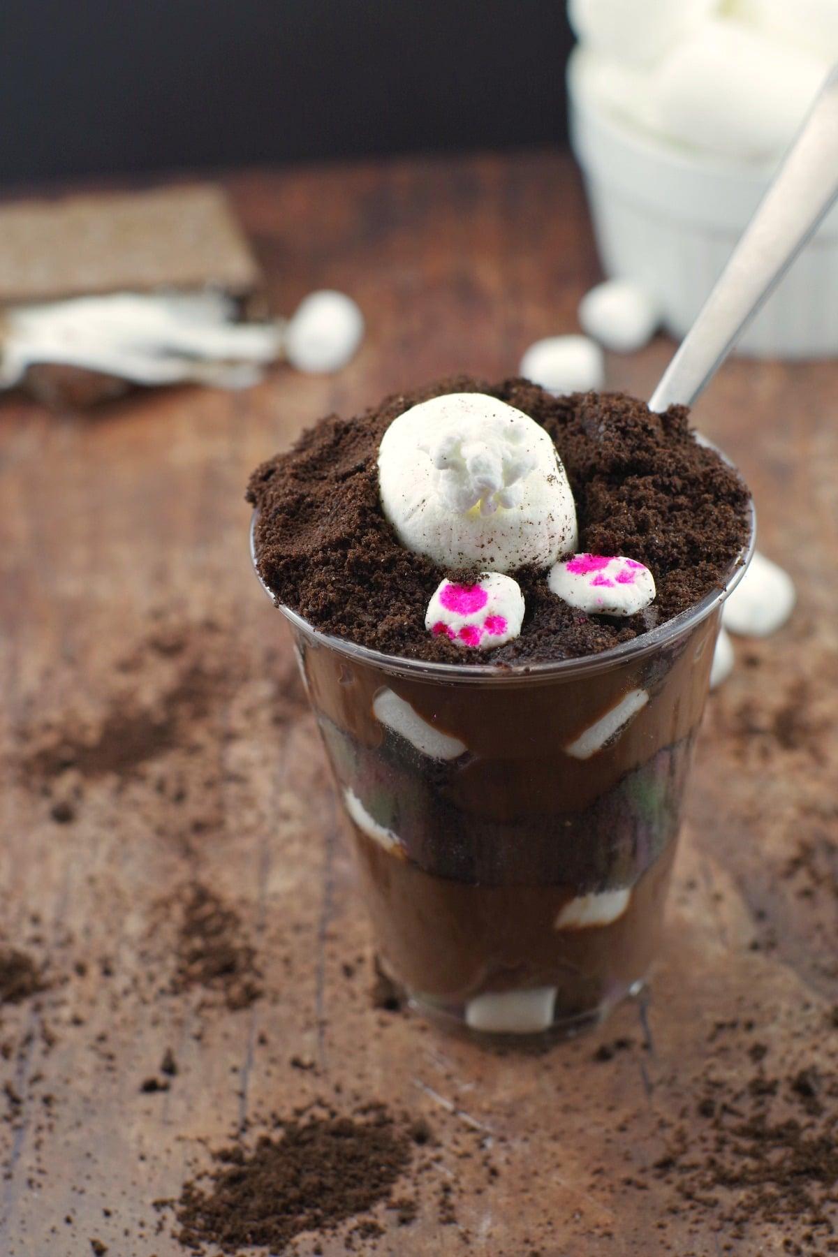S'more Easter Bunny Burrows | easy Easter dessert - foodmeanderings.com