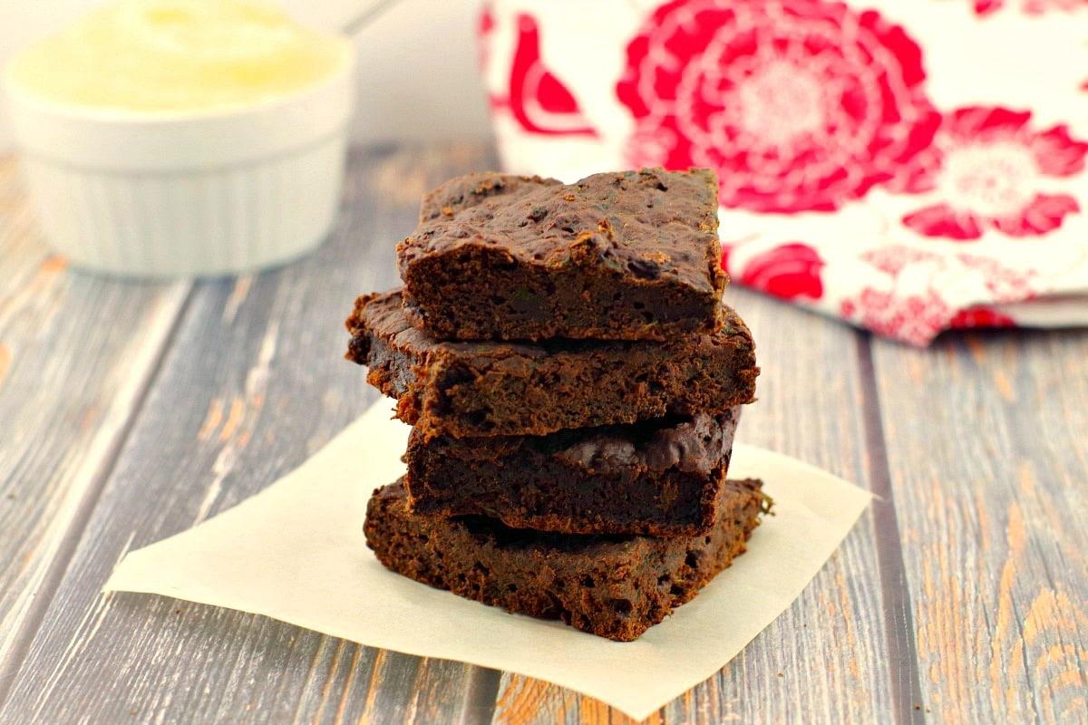 Healthy Applesauce Brownies | low-fat - foodmeanderings.com