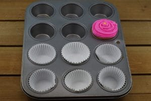 Flower cupcake craft instruction