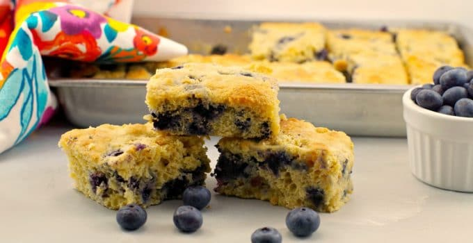 Healthy & Light Blueberry Cornbread: Weight Watchers friendly