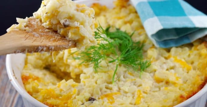 Easy Potatoes Romanoff (with slow cooker option): The Ultimate Potluck Dish!