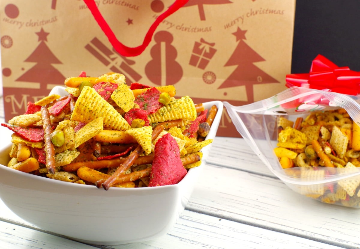 Holiday Chex Mix | savory snack mix - foodmeandering.com