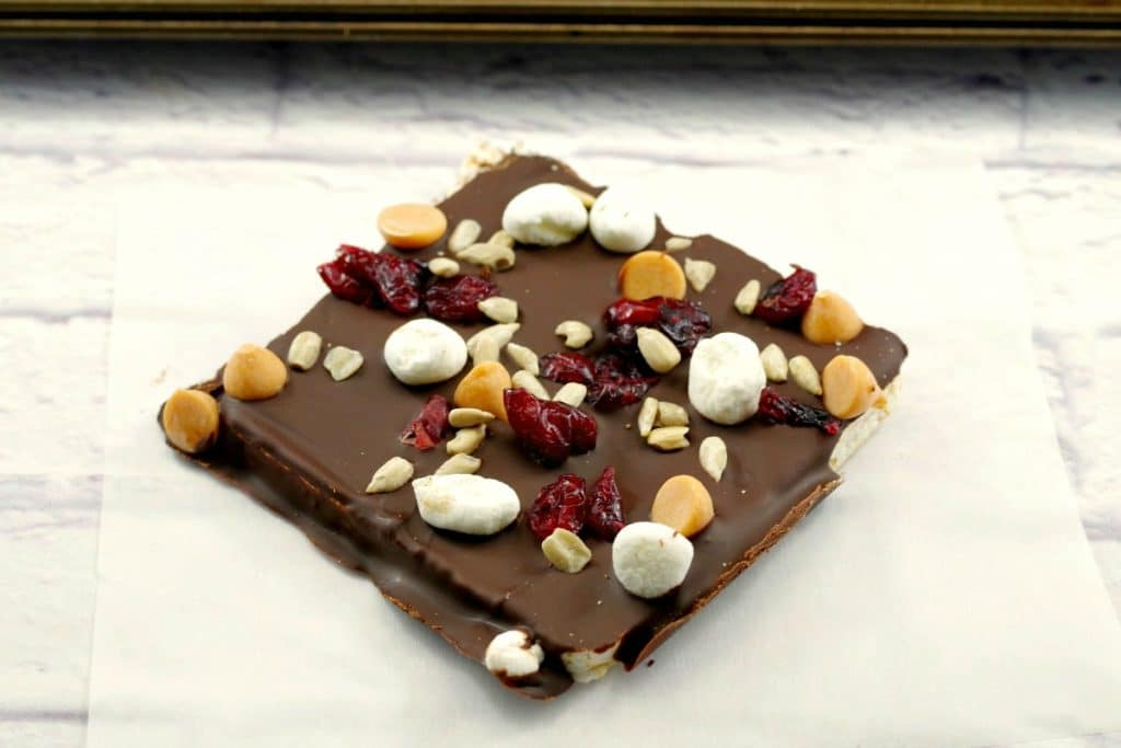 No Bake Healthy Chocolate Rocky Road Bar