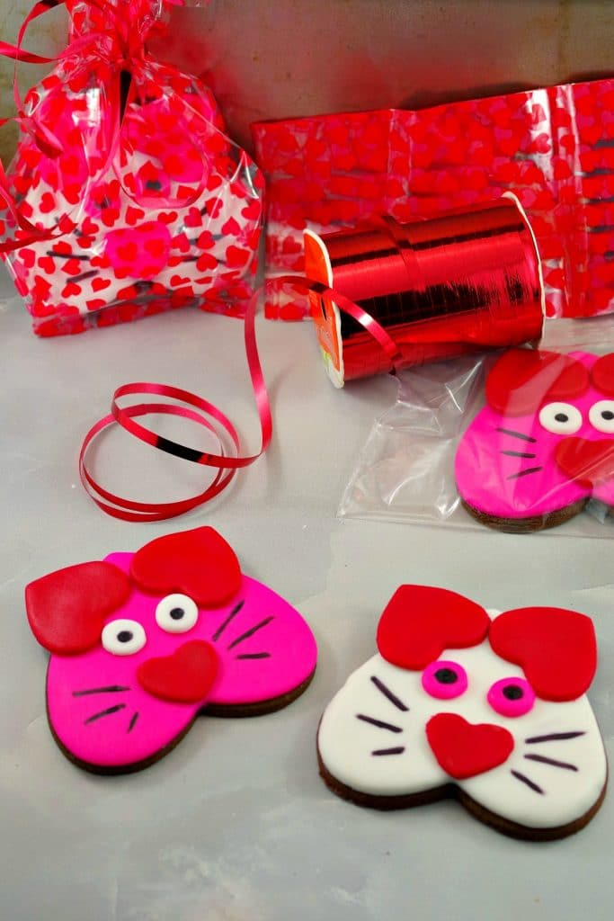 Cat Cookies - Valentine's Day Chocolate Sugar Cookies
