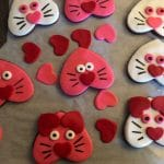 Cat Cookie decorating - Step 5
