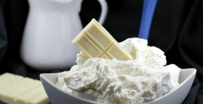2 Ingredient White Chocolate Whipped Cream Frosting (Ganache)