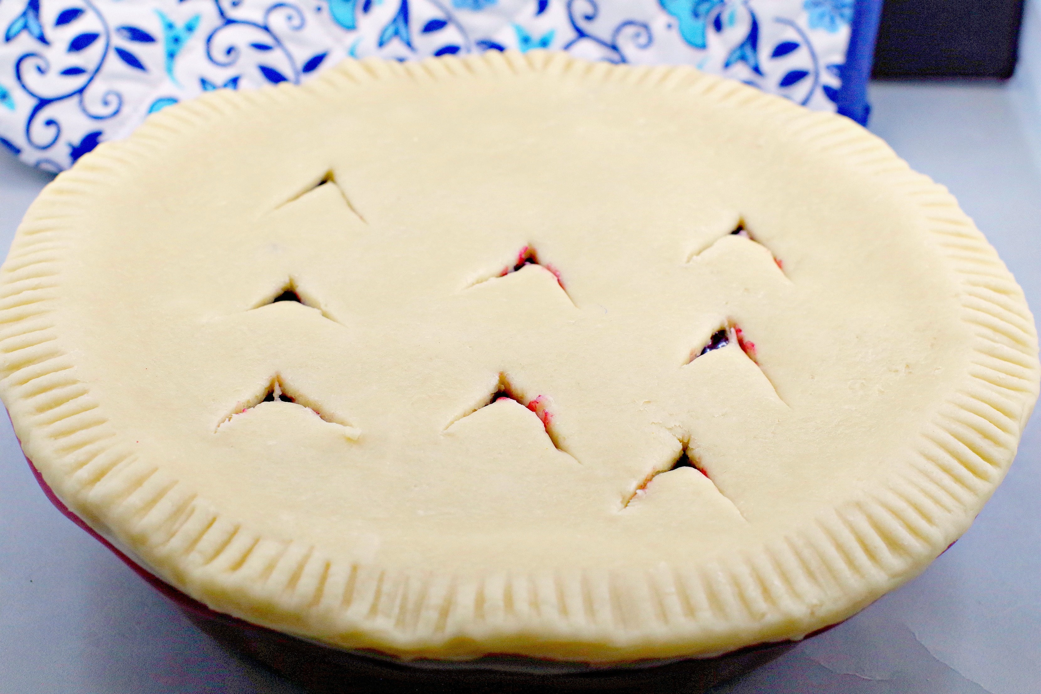 Pie crust with vents cut into it
