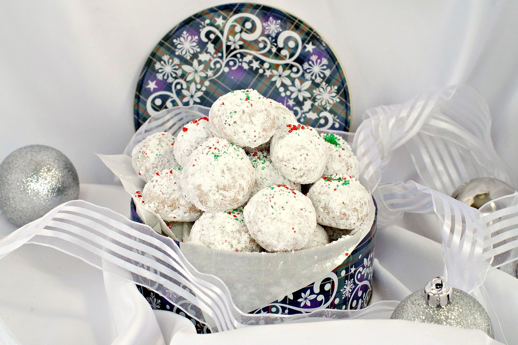 Snowball cookies in blue tin