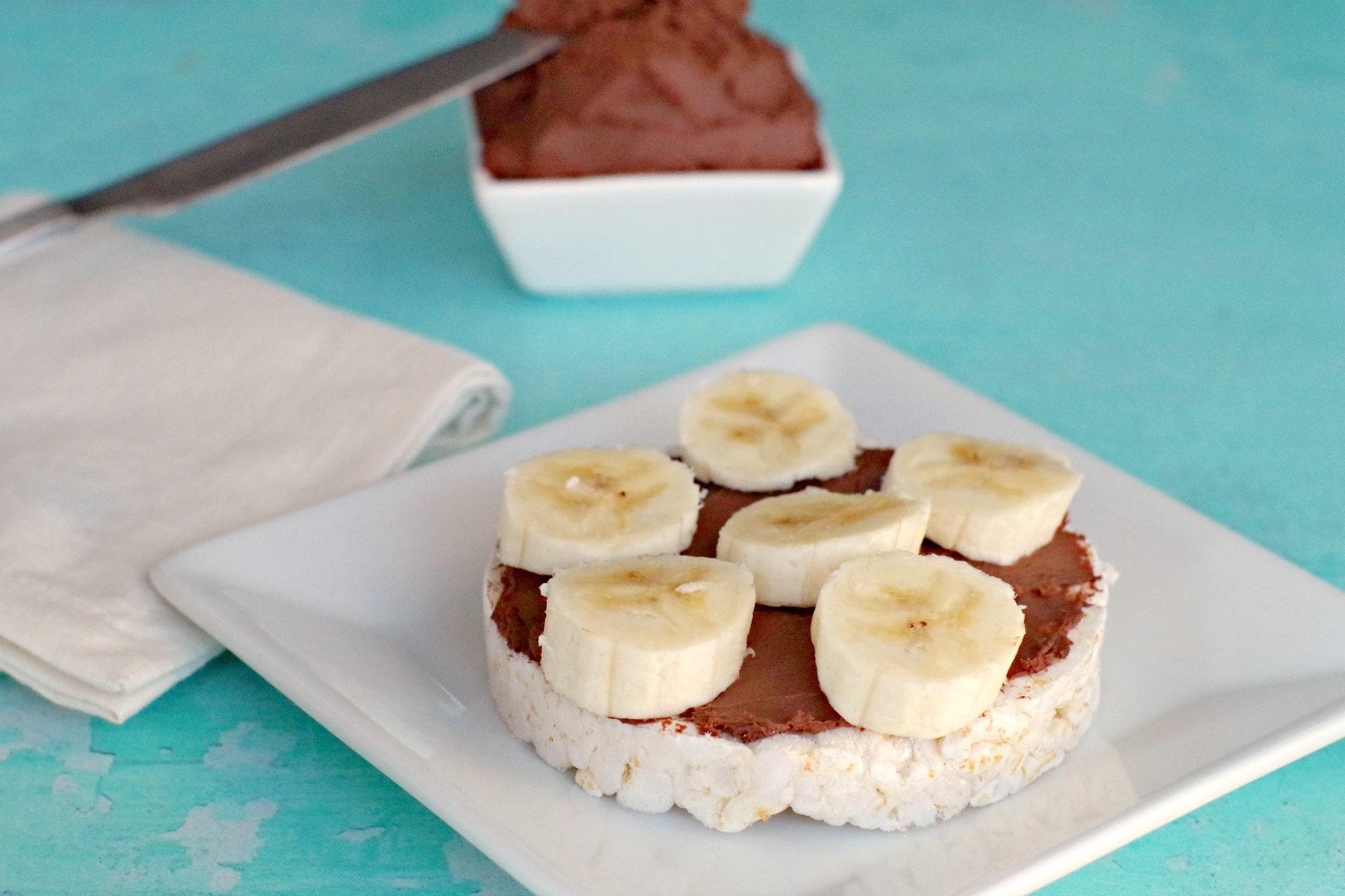 rice cake with chocolate cream cheese and bananas