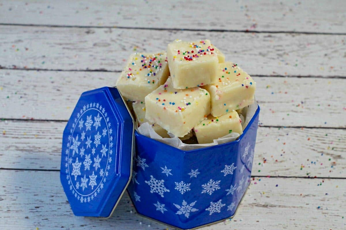sugar cookie microwave fudge in blue Christmas container